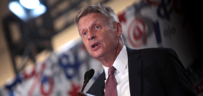 Libertarian Presidential candidate Gary Johnson speaks at the 2016 Politicon at the Pasadena Convention Center in Pasadena, California.