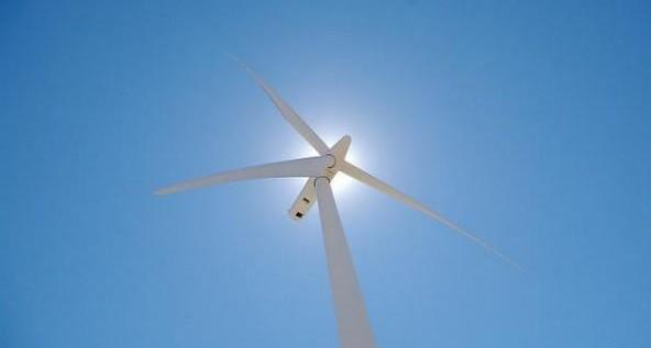 wind_turbine-592x375