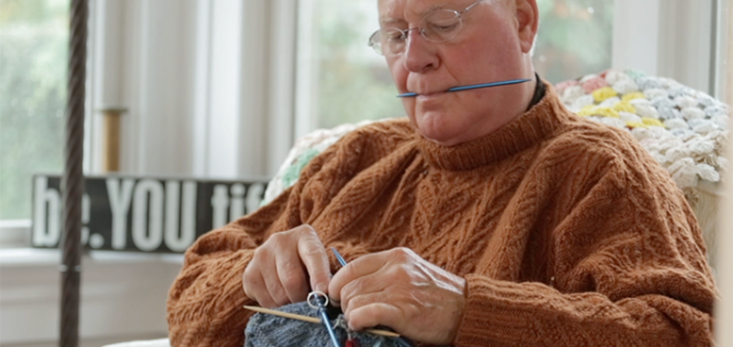 EJ Jones, the Man Who Knits seen knitting