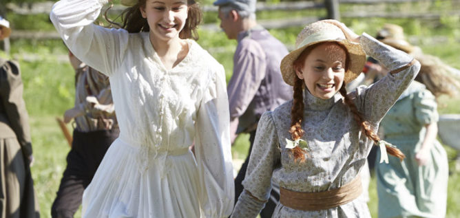 Julia Lalonde as Diana Barry and Ella Ballentine as Anne Shirley in Anne of Green Gables.