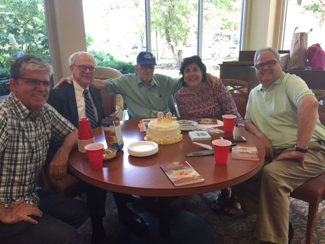 Columbus restaurant reviewer The Grumpy Gourmet, Doral Chenoweth (center), celebrates his 96th birthday in 2017. Photo: Steve Stover