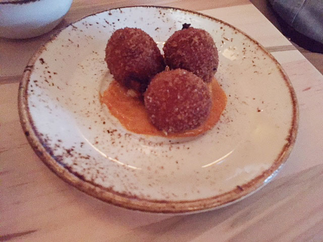 The jamon y manchego croquetas with smoked paprika aioli at Lupo.
