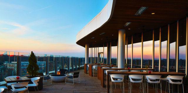 Vaso Rooftop Lounge patio