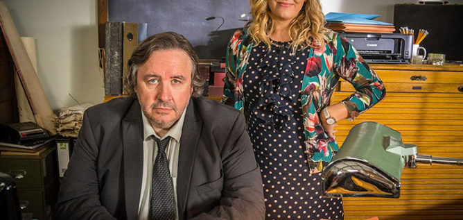 Shakespeare & Hathaway – Private Investigators features a struggling private investigator Frank Hathaway played by Mark Benton who teams up with an ex-hairdresser and people-person Lu Shakespeare played by Jo Joyner.